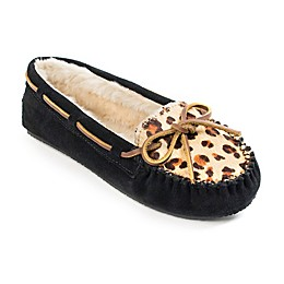 Minnetonka® Cally Women's Slipper