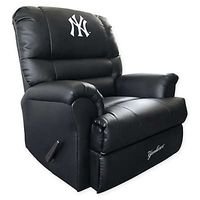 MLB New York Yankees Embroidered Faux Leather Recliner in Black