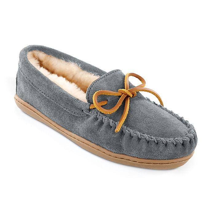 Alternate image 1 for Minnetonka® Men's Size 5 Sheepskin Hard Sole Moccasin Slipper in Tan