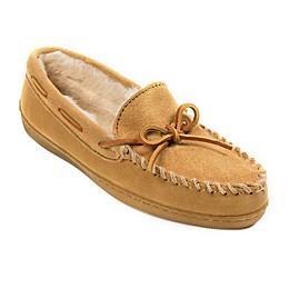Minnetonka Wide Pile Lined Hardsole Women's Slippers