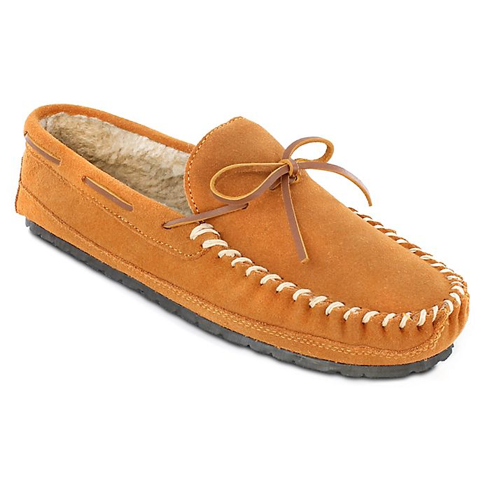 Alternate image 1 for Minnetonka® Size 9 Casey Men's Slippers in Cinnamon