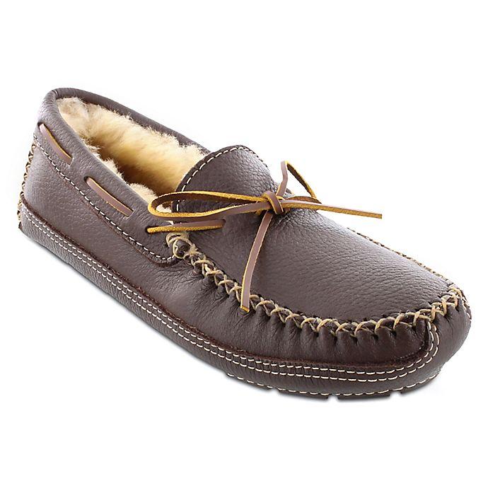 Alternate image 1 for Minnetonka® Moose Men's Slipper