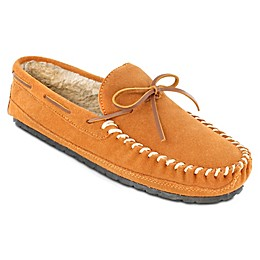 Minnetonka® Casey Men's Slippers in Cinnamon