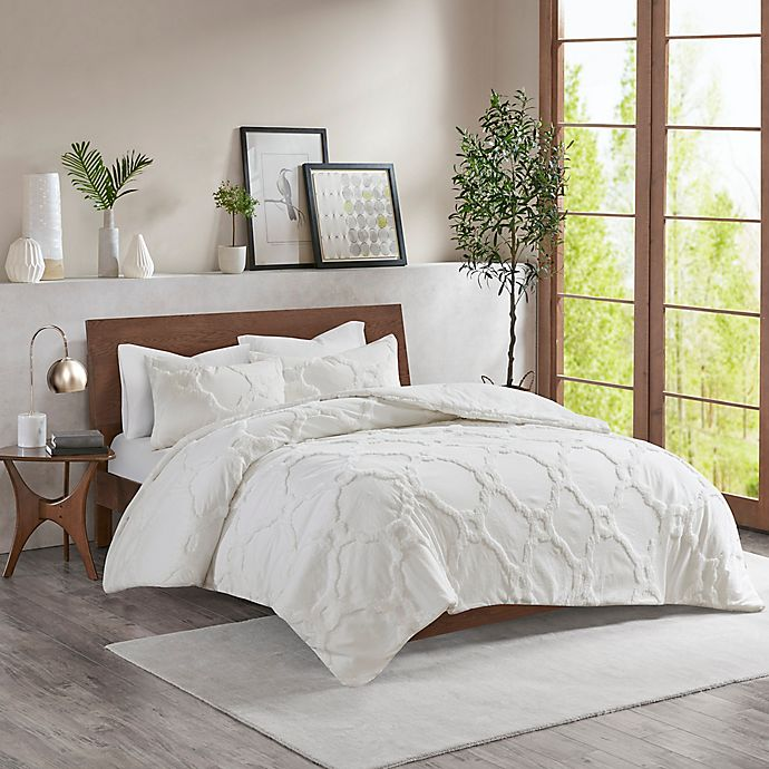 Alternate image 1 for Madison Park Pacey King/California King Comforter Set in White