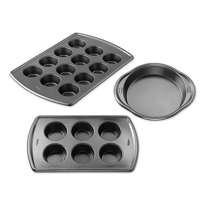 Alternate image 1 for Wilton® Advance Select Premium Nonstick™ Bakeware Collection