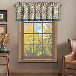 J. Queen New York™ Phoenix Ruched Window Valance in Spa