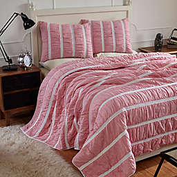 Amity Home Abrielle King Quilt Set in Hot Pink