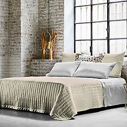 Frette At Home Vertical Queen Coverlet in Ivory