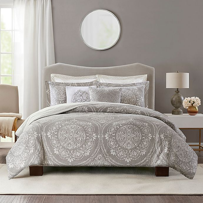 Alternate image 1 for Bridge Street Medallion Matelasse 3-Piece Reversible Duvet Cover Set