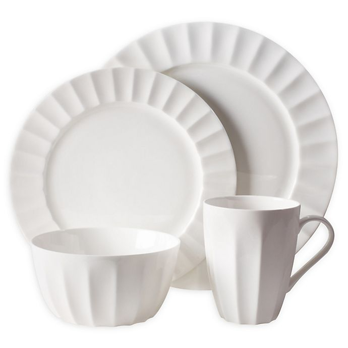 Alternate image 1 for Nevaeh White® by Fitz and Floyd® Fluted 4-Piece Place Setting