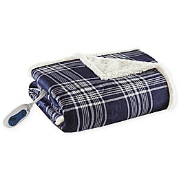 Woolrich® Leeds Oversized Heated Mink/Berber Reversible Throw Blanket in Navy
