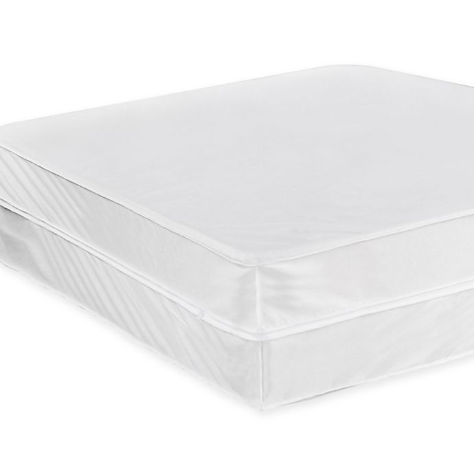 Alternate image 1 for Everfresh Queen Mattress Protector in White
