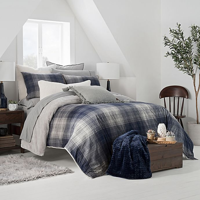 Alternate image 1 for UGG® Redding Plaid Reversible Full/Queen Duvet Cover Set in Navy/Grey
