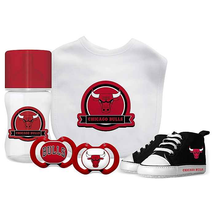 Alternate image 1 for Baby Fanatic NBA Chicago Bulls 5-Piece Gift Set