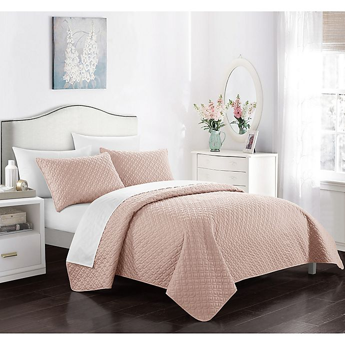 Alternate image 1 for Gideon King Quilt Set in Coral