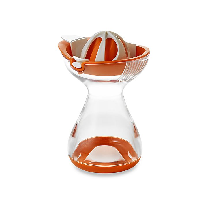 Alternate image 1 for Chef'n® Citrus Juicer w/2-Cup Capacity