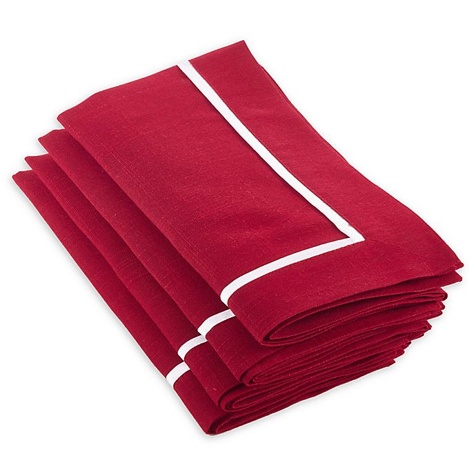 Alternate image 1 for Saro Lifestyle Clancy Classic Napkins in Red (Set of 4)