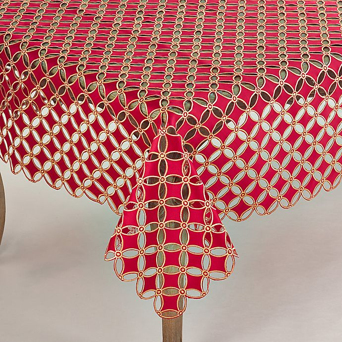 Alternate image 1 for Saro Lifestyle Buche de Noel 67-Inch Square Tablecloth in Red