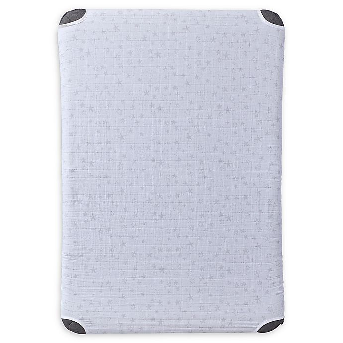 Alternate image 1 for HALO® DreamNest™ Fitted Cotton Muslin Sheet in Star Print