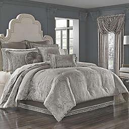 J. Queen New York™ Corinna Comforter Set in Silver