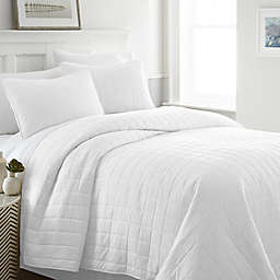 Home Collection Square 3-Piece Quilt Set