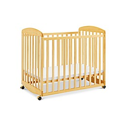 DaVinci Alpha Mini Rocking Crib in Natural