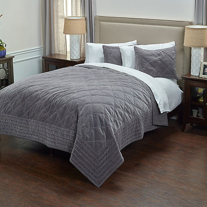 Alternate image 1 for Rizzy Home Collin Queen Quilt in Grey