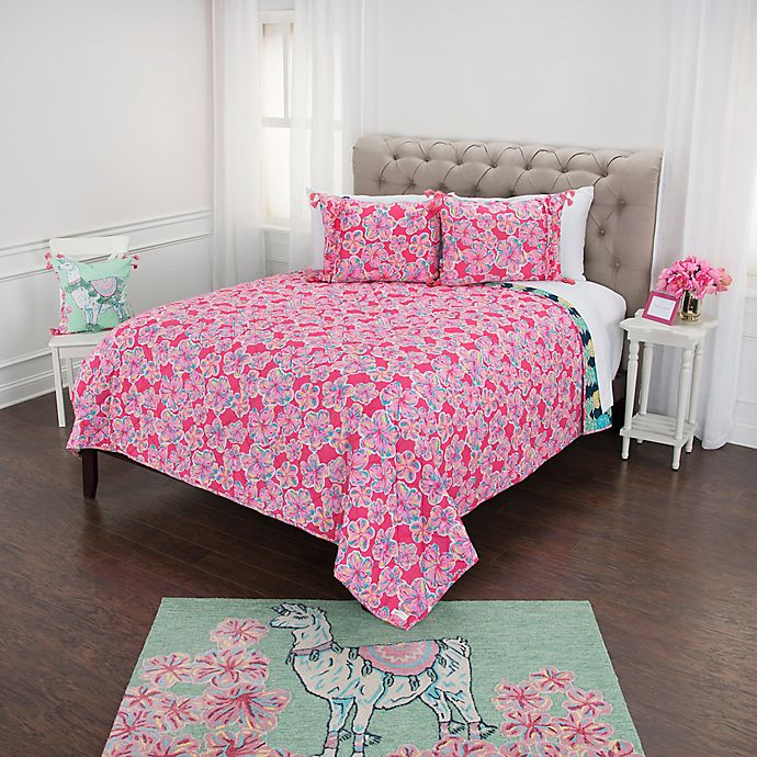 Alternate image 1 for Simply Southern Pineapple/Flower Reversible Quilt Set
