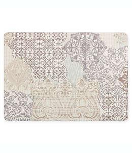 Mantel plastificado con diseño de retazos en crema