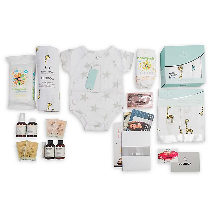 Alternate image 1 for LuliBox 18-Piece Giraffe Bath and Bed Gift Set