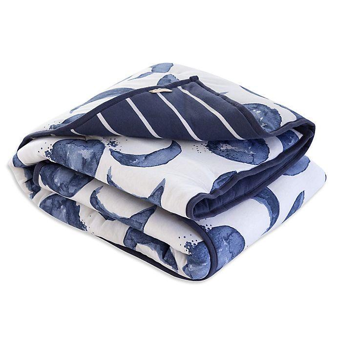 Alternate image 1 for Burt's Bees Baby® Hello Moon Organic Cotton Reversible Quilt in Indigo