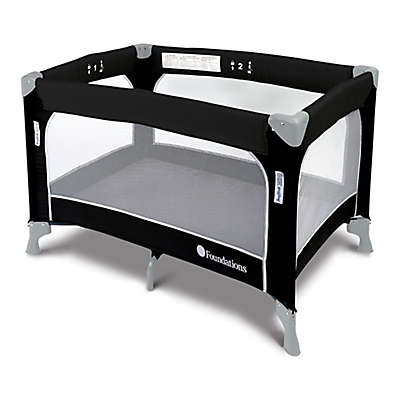 SnugFresh® Celebrity™ Portable Travel Yard with Cover in Graphite