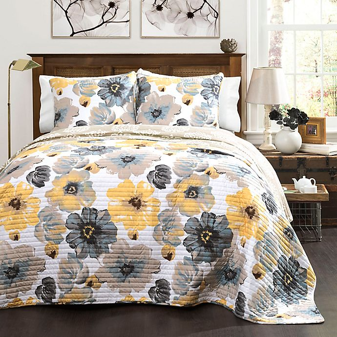 Leah 3 Piece Reversible Quilt Set