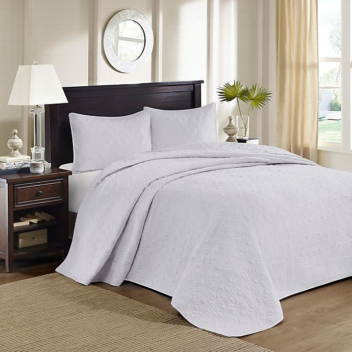 Alternate image 1 for Madison Park Quebec Reversible Queen Bedspread Set in White
