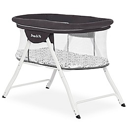 Dream On Me Poppy Portable Bassinet