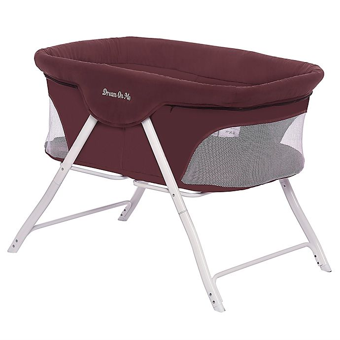 Alternate image 1 for Dream On Me Traveler Portable Bassinet