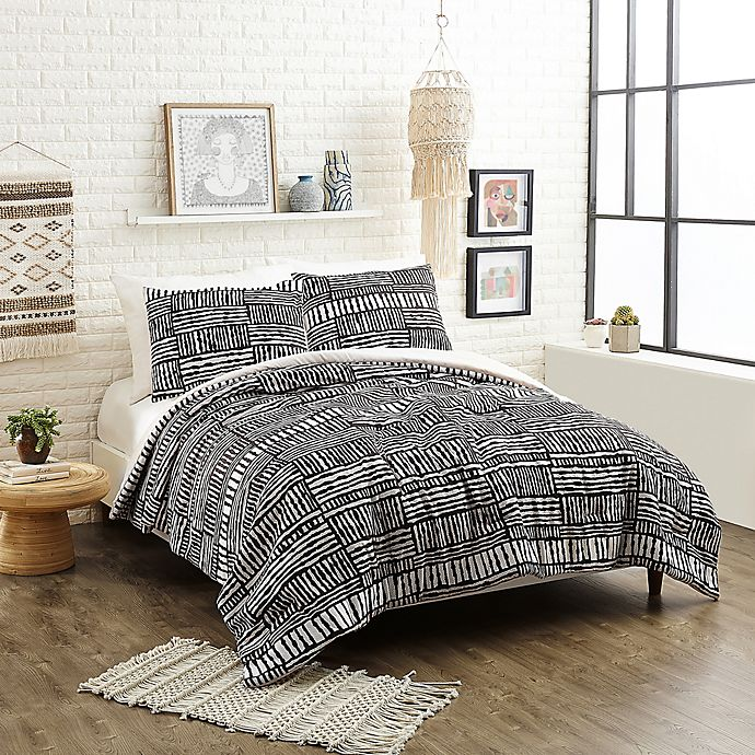 Alternate image 1 for Justina Blakeney Piazza Stripes Bedding Collection