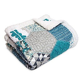 Lush Décor Briley Sherpa Throw Blanket in Turquoise