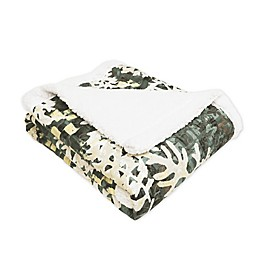 Lush Décor Camouflage Leaves Sherpa Throw Blanket in Green