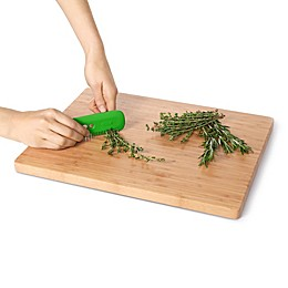 OXO® Herb & Kale Stripping Comb in Green