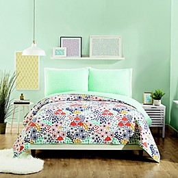 Maker's Collective Mayflower Quilt Set in Green