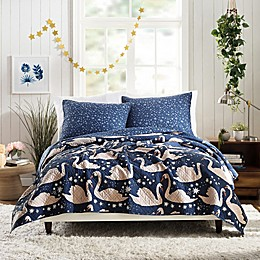Maker's Collective Swanning Around Quilt Set in Navy