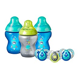 Tommee Tippee® Closer to Nature® 9 oz. Stage 1 Baby Boy Bottles and Pacifiers Set