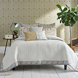 Morris & Co. Bullerswood Full/Queen Coverlet in Taupe