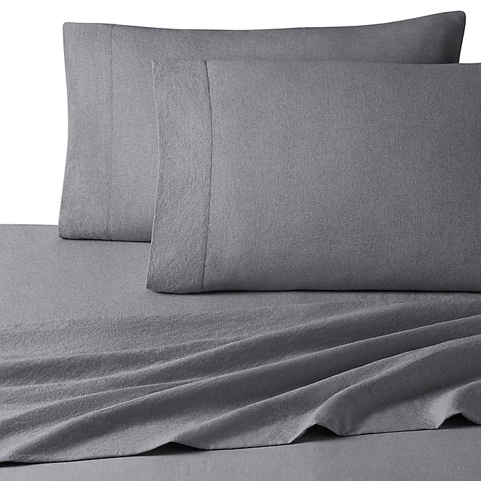 Alternate image 1 for UGG® Devon 200-Thread-Count Full Sheet Set in Charcoal