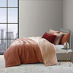 O&O by Olivia & Oliver™ Velvet Twin Duvet Cover Set in Rose