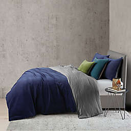 O&O by Olivia & Oliver™ Velvet King Duvet Cover Set in Navy/Blue