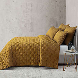 O&O by Olivia & Oliver™ Lofty Stitch Full/Queen Quilt in Gold