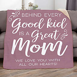 A Great Mom Sherpa Throw Blanket