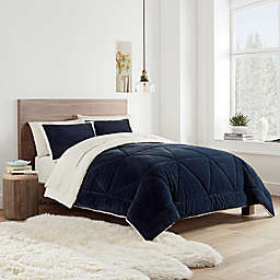 UGG® Avery 2-Piece Reversible Twin Comforter Set in Navy
